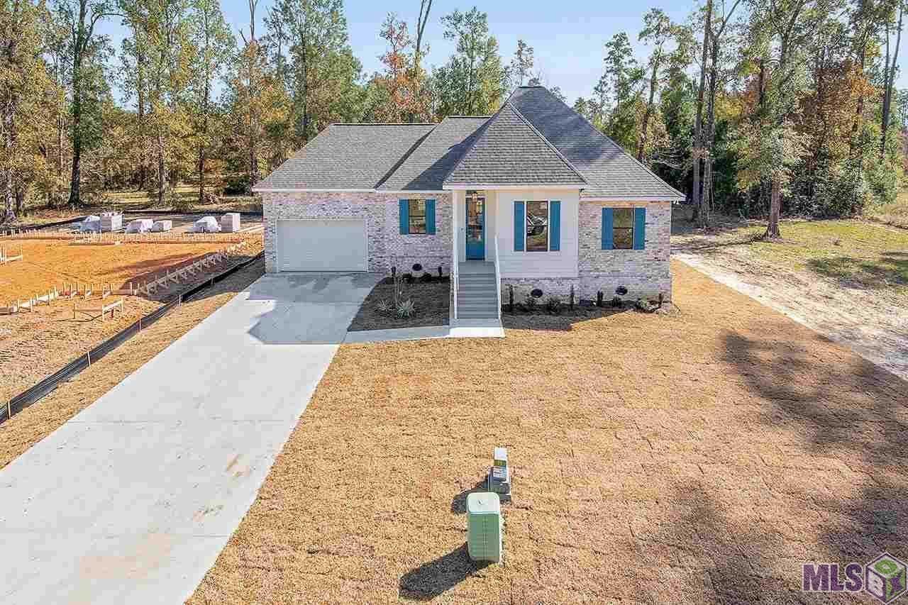 321 OAK HOLLOW DR, Madisonville, LA 70447