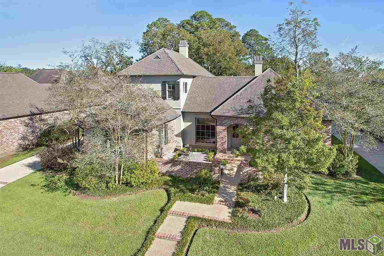 17715 PECAN SHADOWS DR, Baton Rouge, LA 70810