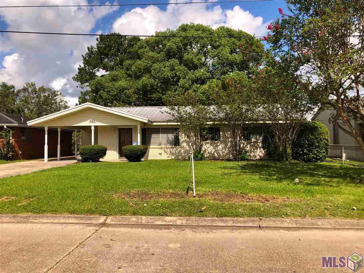 221 MARS DR, Bayou Vista, LA 70380