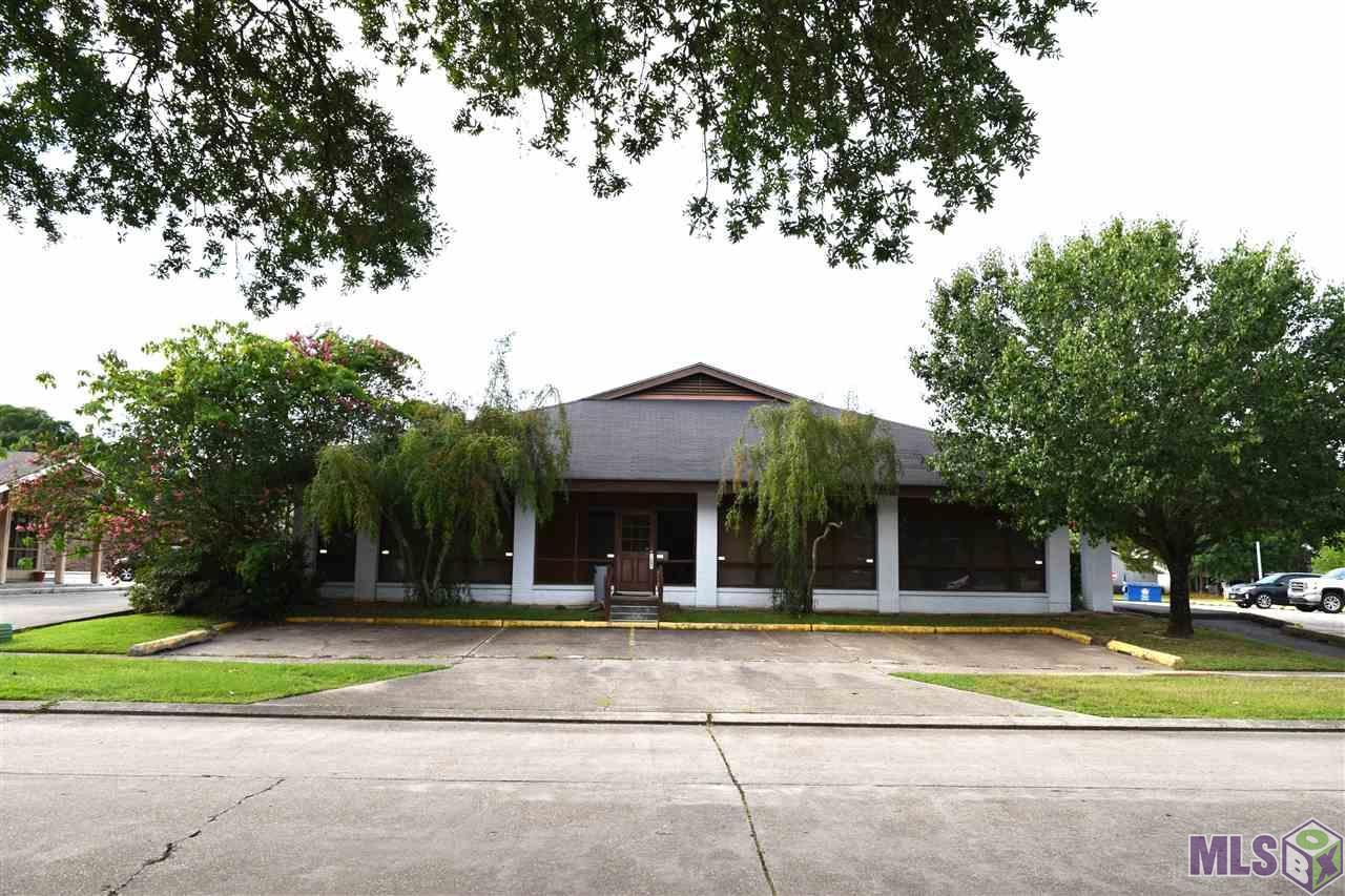 422 COLONIAL DR, Baton Rouge, LA 70806