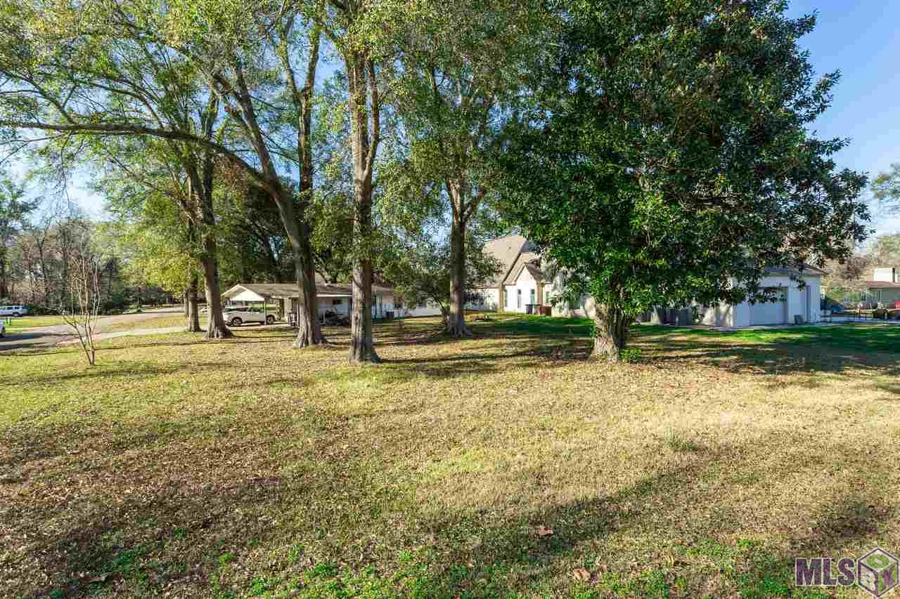 5633 HOUSTON DR, Baton Rouge, LA 70809