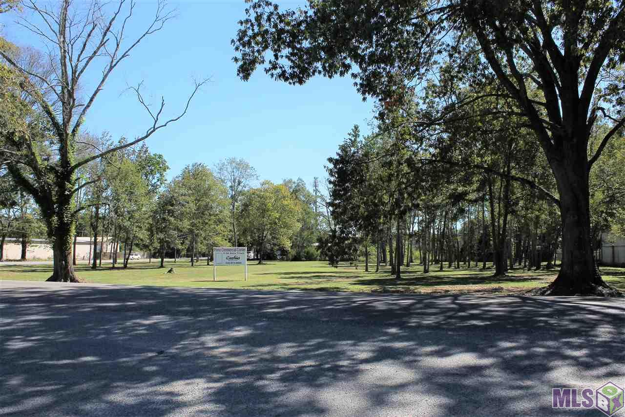 """THE LAST COMMERCIAL CORNER ACREAGE TRACT ON OLD PERKINS RD / SWAMP RD.. ZONED """"NEIGHBORHOOD BUSINESS OVERLAY DISTRICT""""    2.16 ACRES WITH GREAT DIMENSIONS.. MAY BE DIVIDED.. HIGH & DRY!!"""