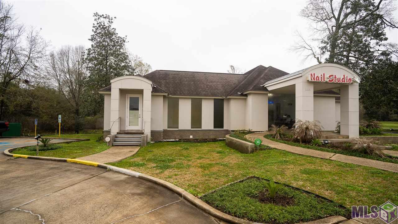 1221 O'NEAL LN, Baton Rouge, LA 70816