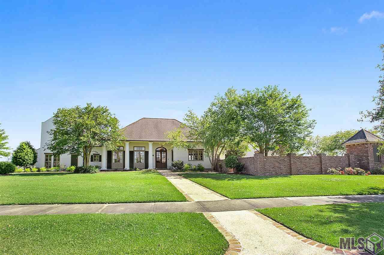 2286 N TURNBERRY AVE, Zachary, LA 70791