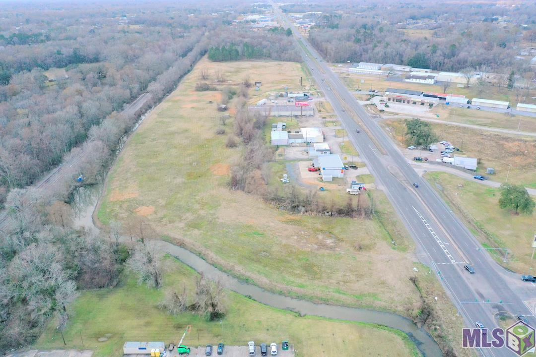 GREAT ASCENSION PARISH OPPORTUNITY! Cleared 7.24 acreage tract situated near existing median cuts with good visibility and frontage on Airline Hwy. Utilities located on or near site. Located in Flood Zone X and partial Zone AE. *Additional 4.61 acres available as well next to this property on Airline Hwy* 2019 AADT 26,714 vehicles per day. Mixed Use zoning district offers a wide range of permitted uses such as Hospitality, Industrial, Multi-Family, Office, Residential (Single Family), Retail, Retail-Pad, Self Storage, Vacation/Resort, Other.