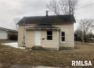 MLS #QC4218614 - 906 S STATE Street, Christopher, IL 62822
