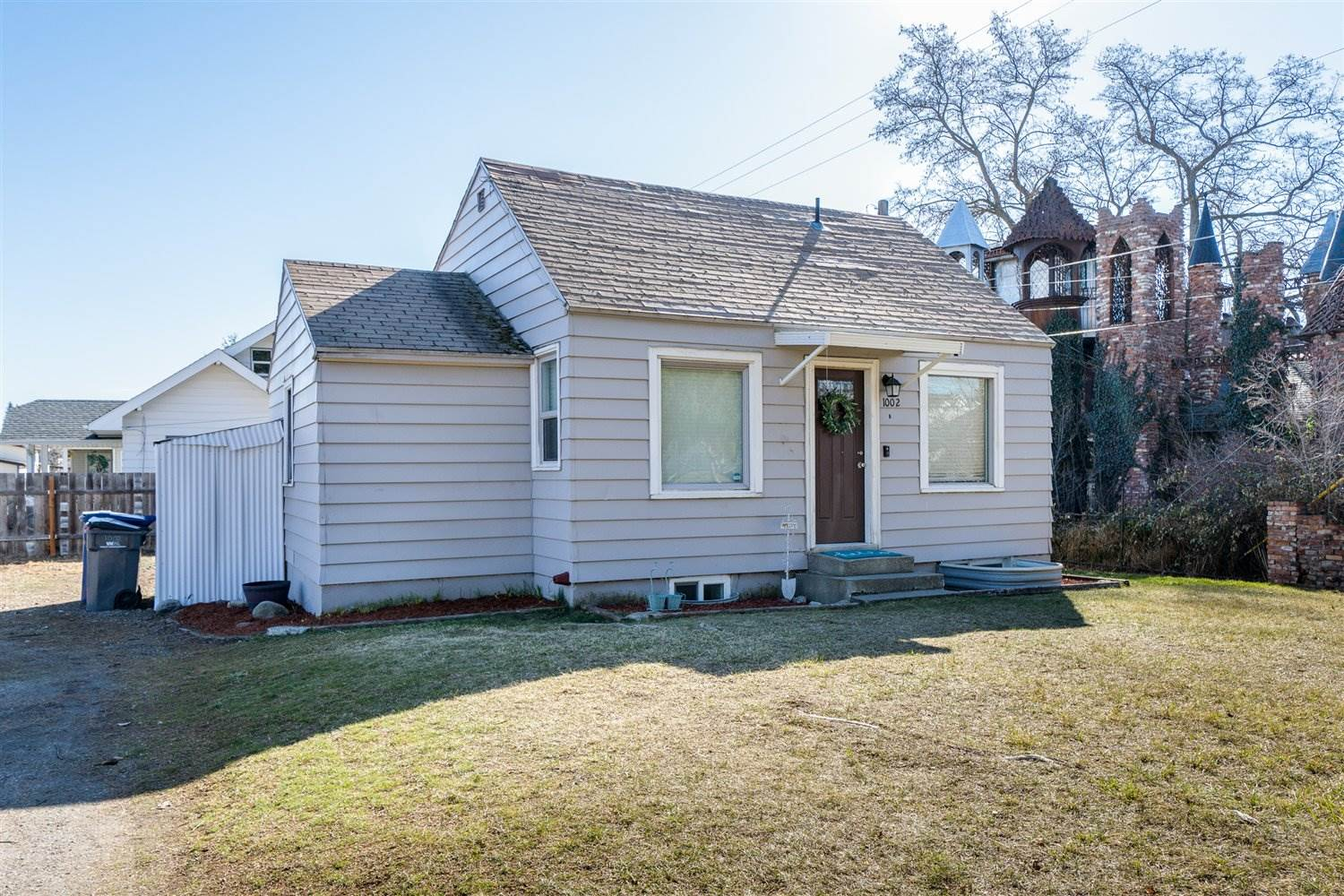 Beautiful bungalow that has been very well maintained 2 bedrooms wonderful kitchen plenty of updates Throughout this adorable home. The work has  been done here nothing to do but move in and enjoy. Full basement with egress window. This diamond is a spectacular find hurry before it's gone.